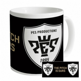 Caneca Pro Evolution Soccer The Pitch is Ours